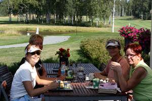 Crisse Raitokoski, Kirsi Lahti, Eeva-Liisa Olkinuora ja Tuula Vento.